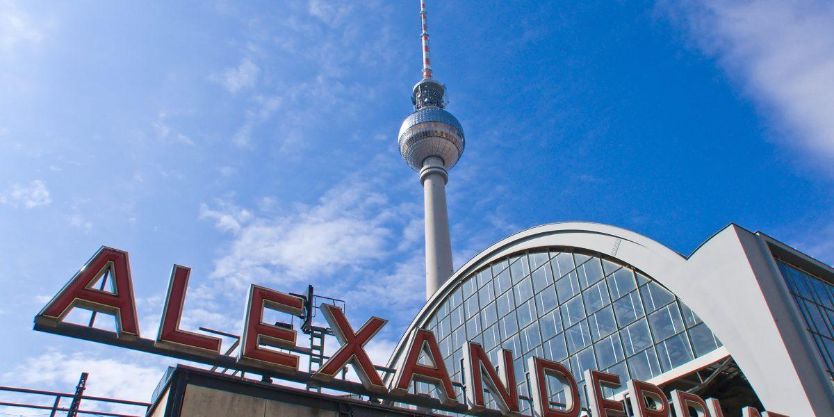 Un viaggio alla scoperta di berlino con viaggi di architettura for Hotel berlino design
