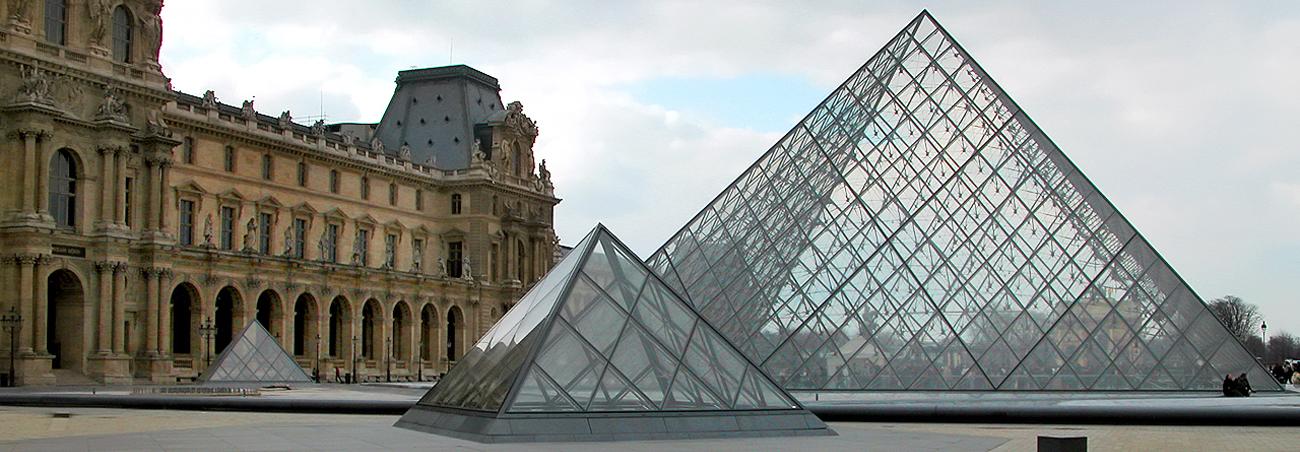 piramidi_louvre