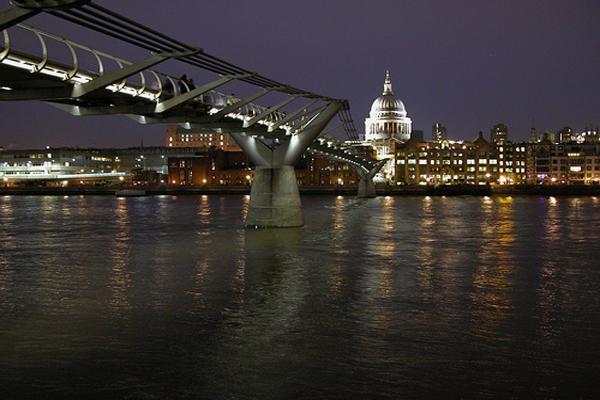 millennium_bridge_02