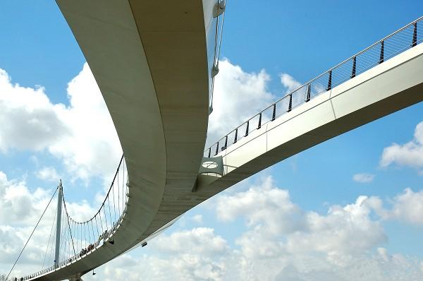 nescio_bridge_03